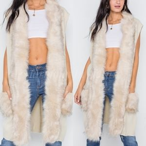 Jackets & Blazers - Last 1 🎉Host Pick Ivory Soft Knit Vest Fur Lined